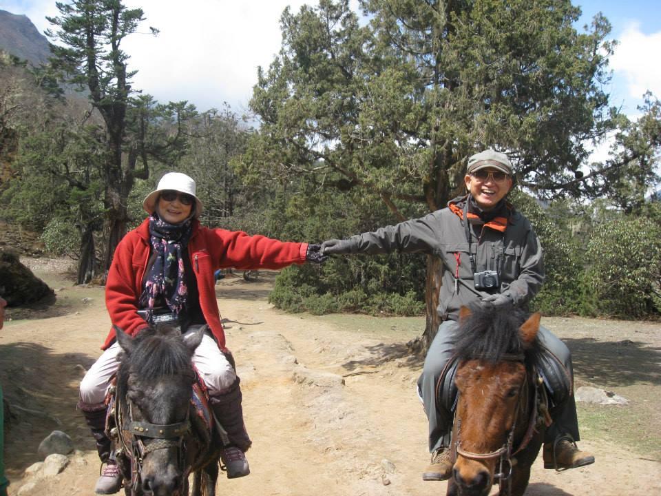 馬に乗ってトレッキング写真