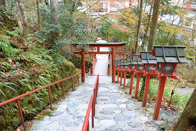 本宮奥の階段