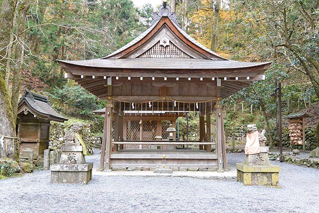 貴船神社・奥宮の拝殿