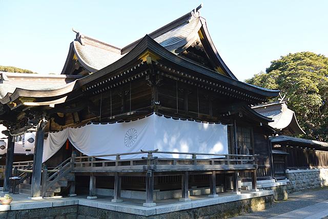 酒列磯前神社・拝殿と本殿