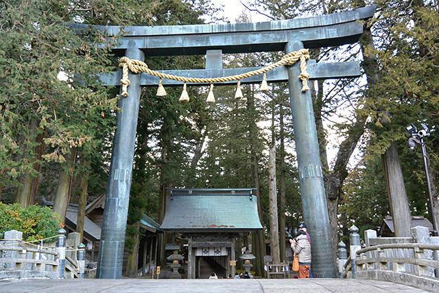 上社・本宮の東参道の鳥居