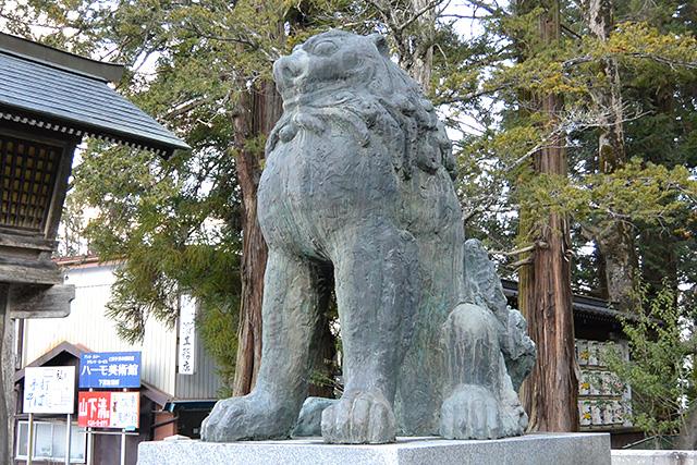 上社・本宮の狛犬