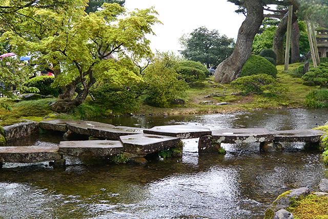 雁行橋(亀甲橋)