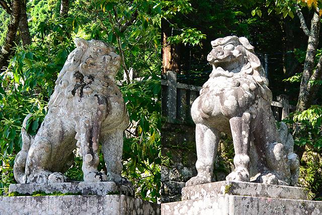 中社の狛獅子