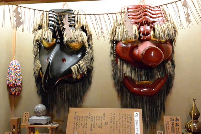 古峯神社の天狗と烏天狗