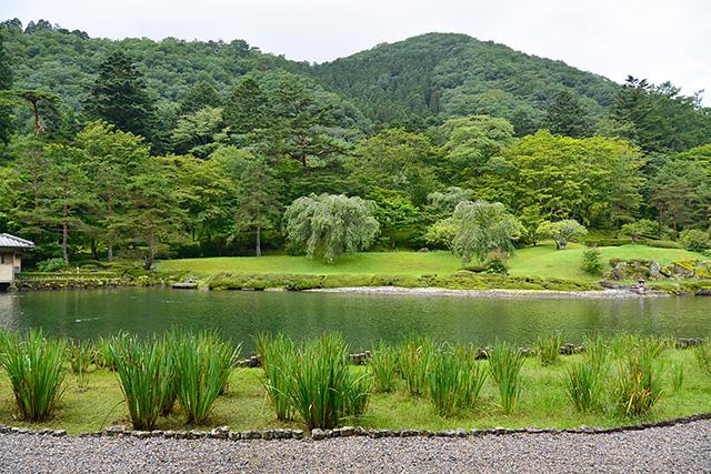 古峯園(こほうえん)峯の池
