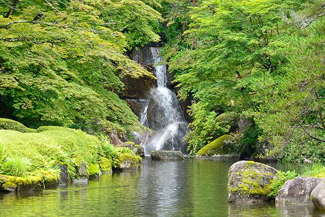 古峯園(こほうえん)峯の滝