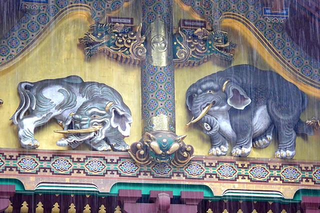 上神庫の象