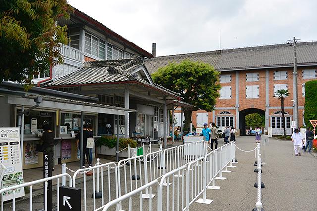 富岡製糸場・発券所