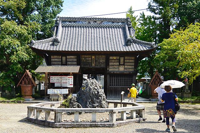 笠間稲荷神社・東門