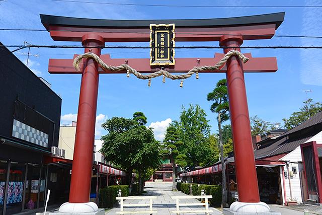 笠間稲荷神社の一の鳥居