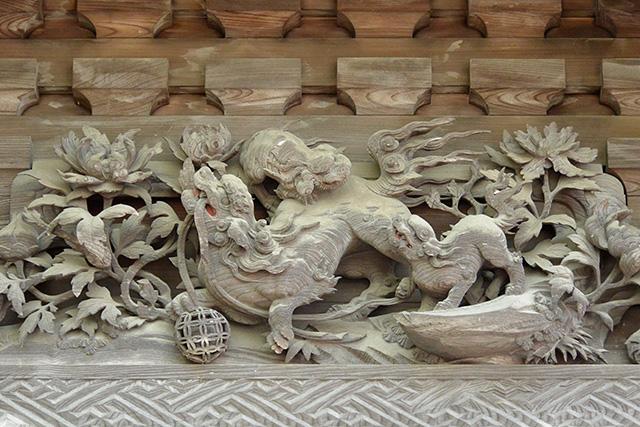 笠間稲荷神社・本殿の彫刻