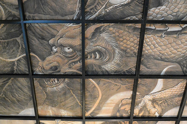 斎神社の天井画(雲龍図)
