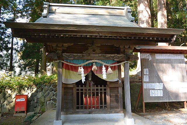 河口浅間神社・神馬舎