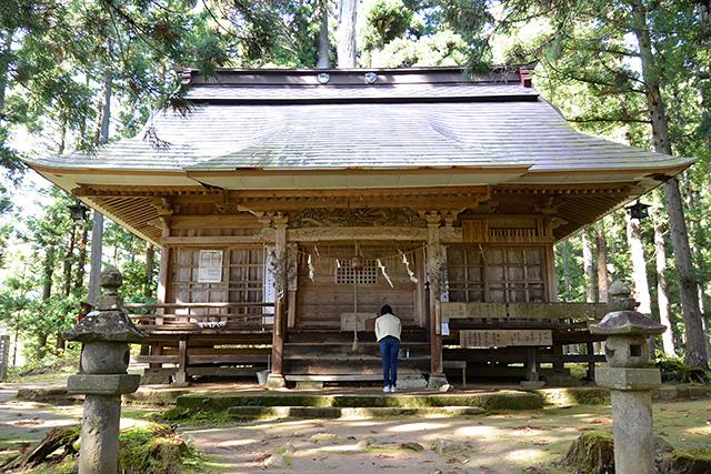 高倉神社・拝殿