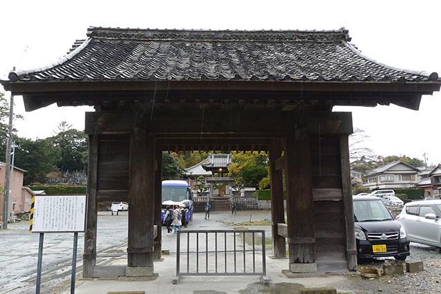 西光寺・表門