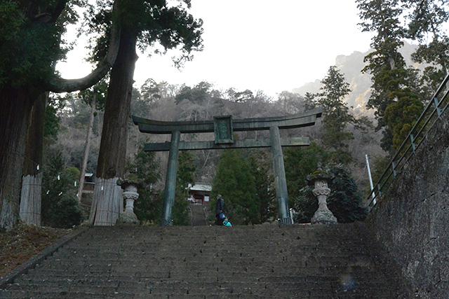 妙義神社・銅鳥居
