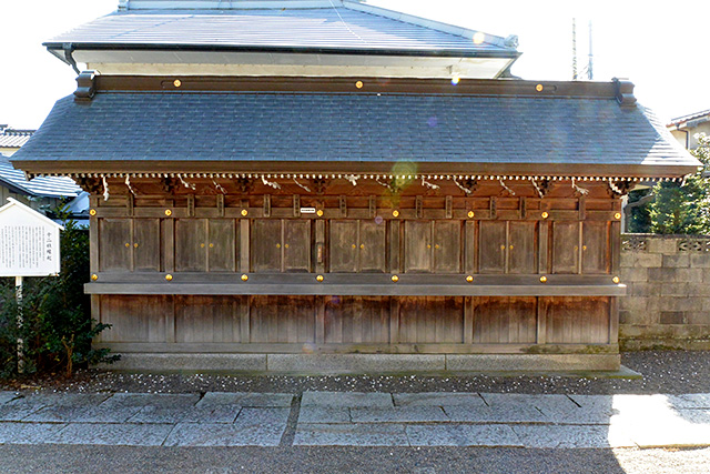健田須賀神社・十二社