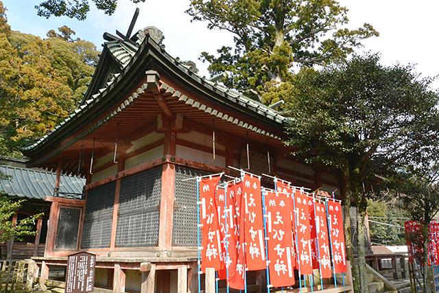 春日神社・日枝神社の拝殿