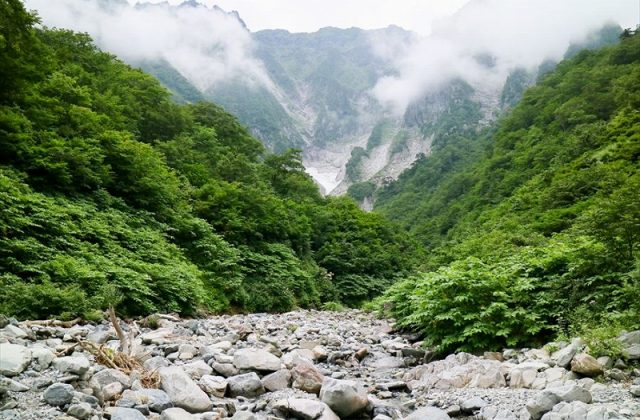 【谷川岳ハイキングツアー】