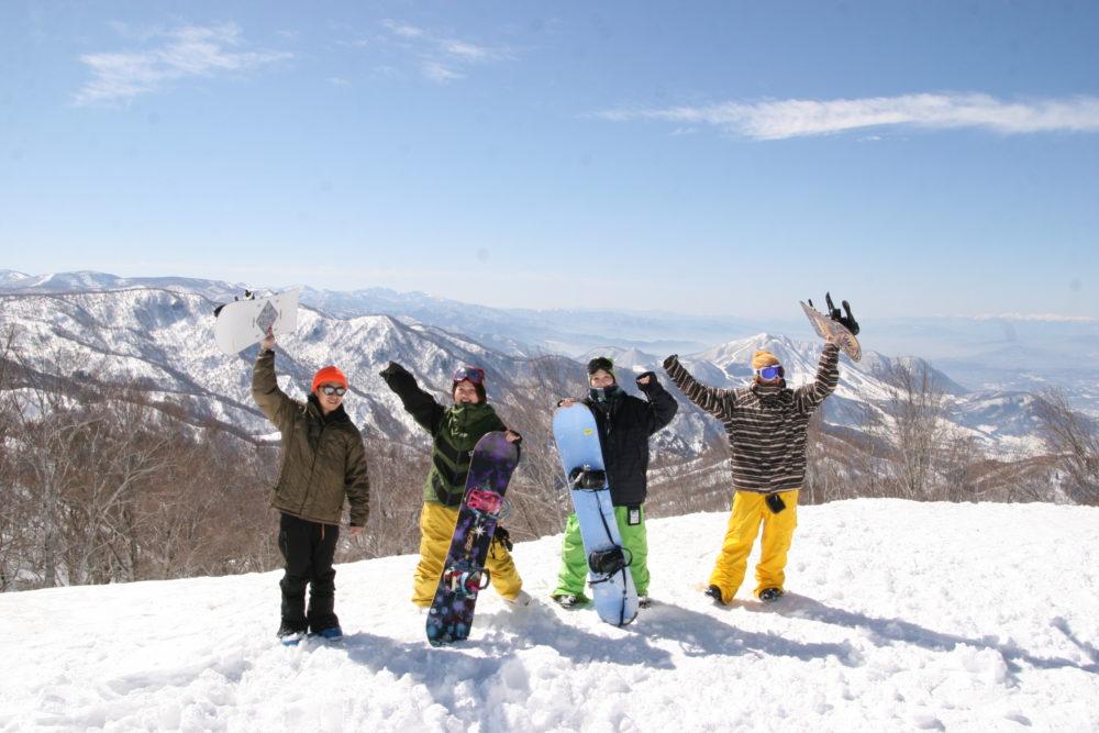 タングラムスキーサーカス&斑尾高原スキー場バスツアー のイメージ1