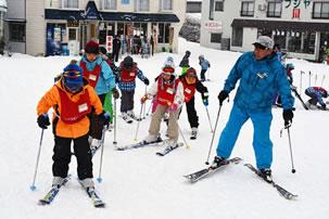 子供だけのちびっこスキーバスツアー特集のイメージ2