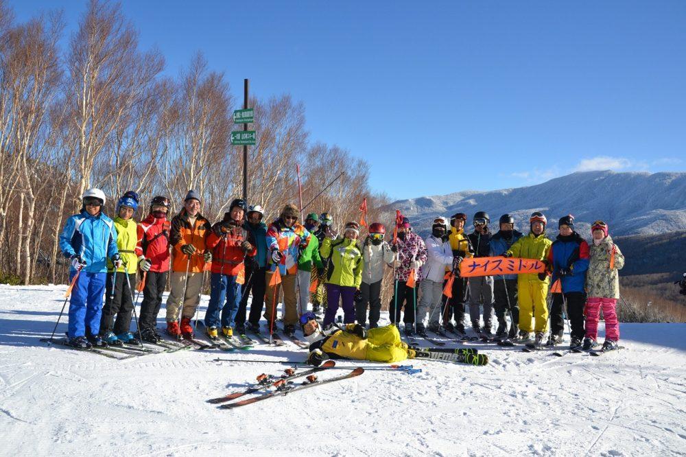 ナイス・楽々スキーツアー 2.5泊4日 志賀高原スキー場 ホテル金栄宿泊の写真